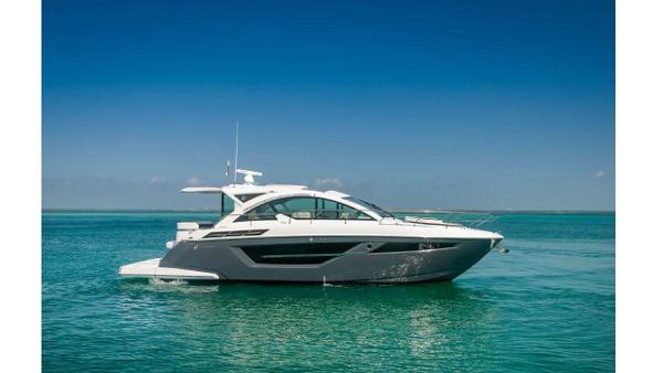 Cruisers Yachts 50 Cantius Profile