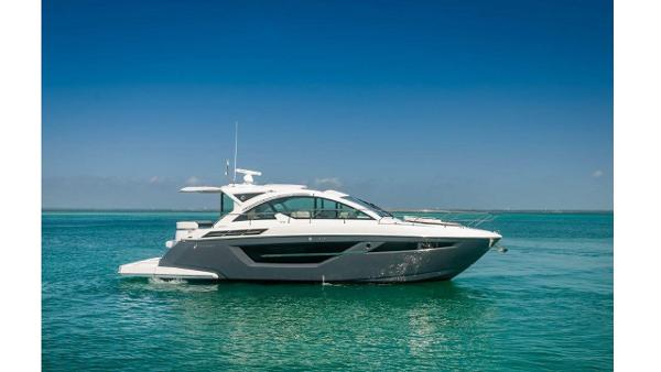 Cruisers Yachts 50 Cantius Profile