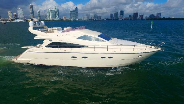Aicon 56 Flybridge Starboard Profile