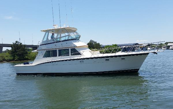 Hatteras Conv. Customized by Hurley