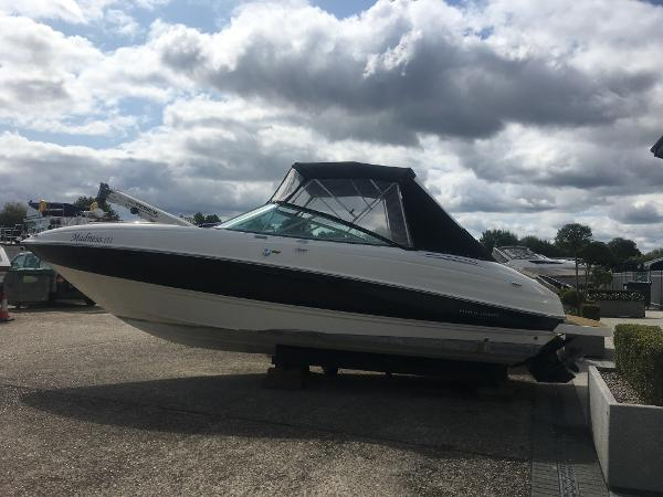 Bayliner 802 Cuddy Bayliner 802