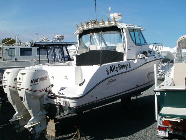 Seaswirl Striper 2901 Walkaround O B With Alaska cabin
