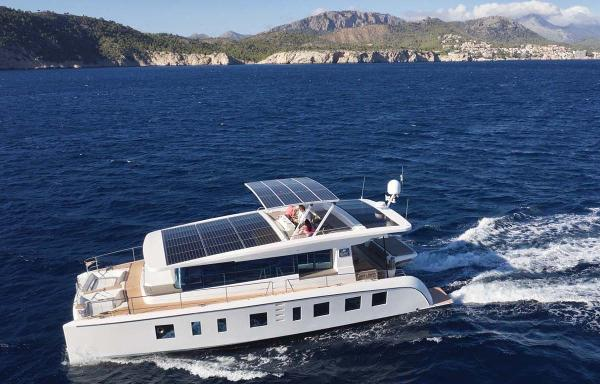 Silent Yachts Silent 55 Aerial Profile
