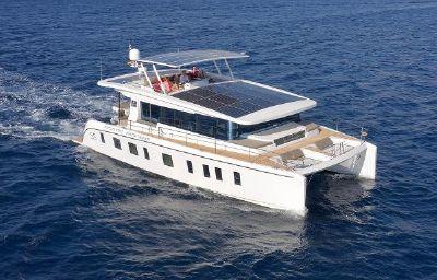 Silent Yachts Silent 55 Underway