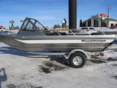 Wooldridge Alaskan 17' Windshield