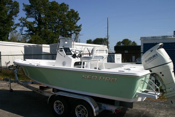 Sea-pro 208 Bay Deluxe