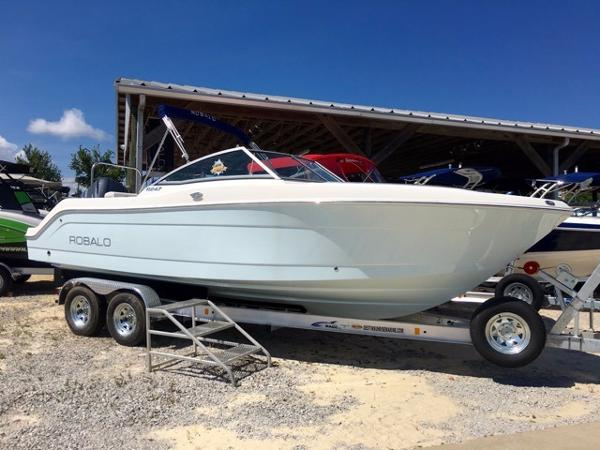 Robalo 247 Dual Console 2016-ROBALO-247-DUAL-CONSOLE-BOWRIDER-RUNABOUT