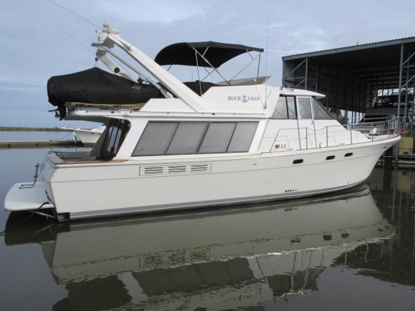 Bayliner 4588 Motoryacht STB PROFILE