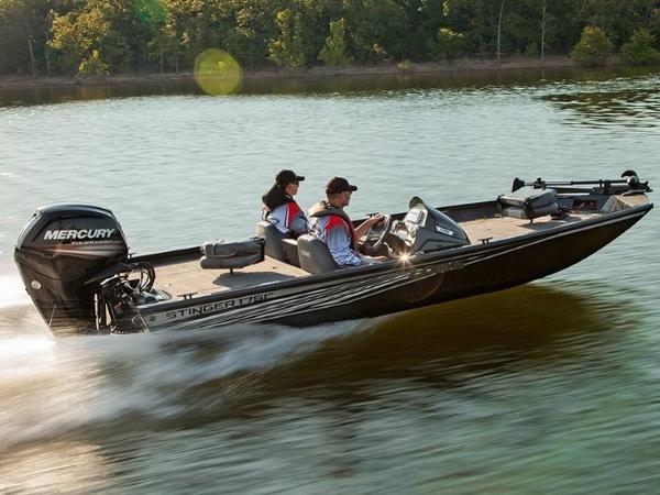 Lowe Boats Stinger 175C