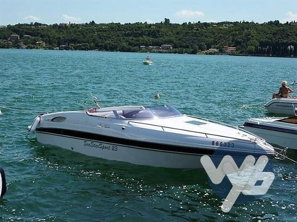 Tullio Abbate Sea sport 23 yfw66325-5976-b...