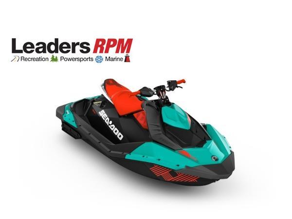 Sea-Doo SPARK® TRIXX™ 2-up Rotax 900 HO ACE Candy Blue