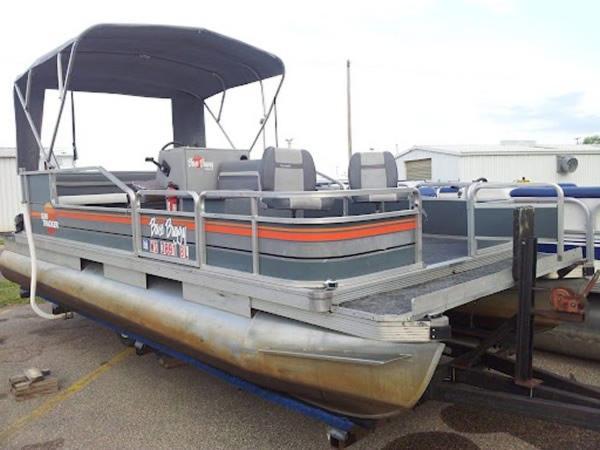 Sundeck Yachts Bass Buggy