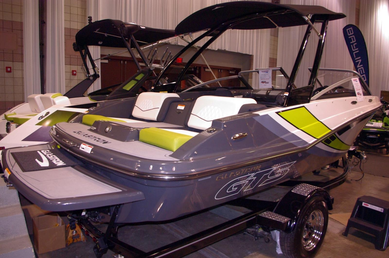 Glastron GTS 187 Jet Boat