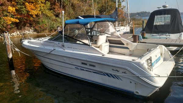 Sea Ray 300 Weekender Sea Ray Weekender 300 -  Profile