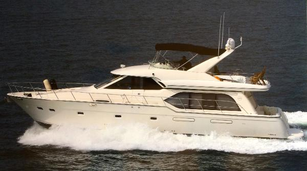 Bayliner 5788 Pilot House Motoryacht Port Profile - Actual yacht for sale