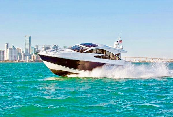 Fairline Express Gran Turismo