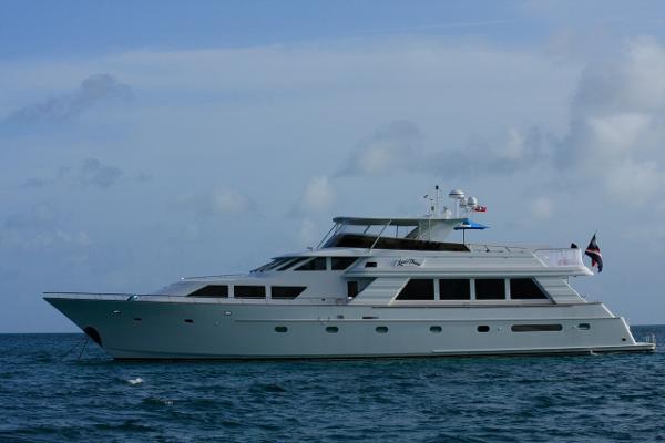 Cooper Queenship 97 Motor Yacht