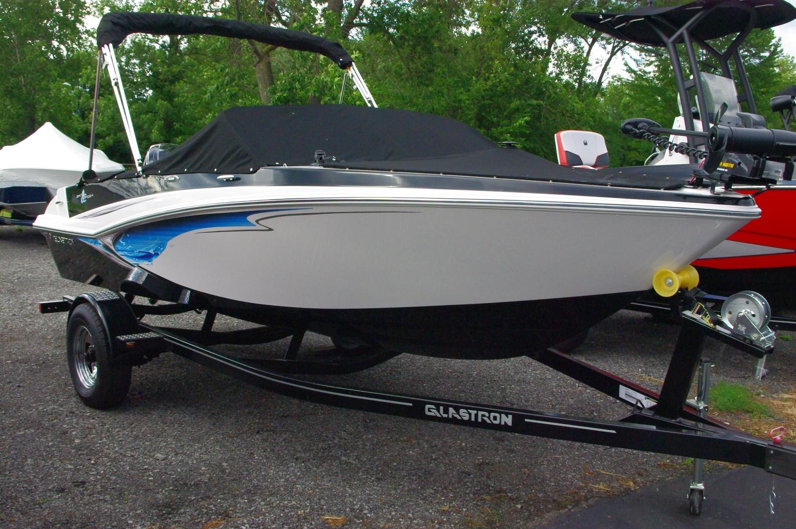 Glastron GTSF 180 Fish and Ski
