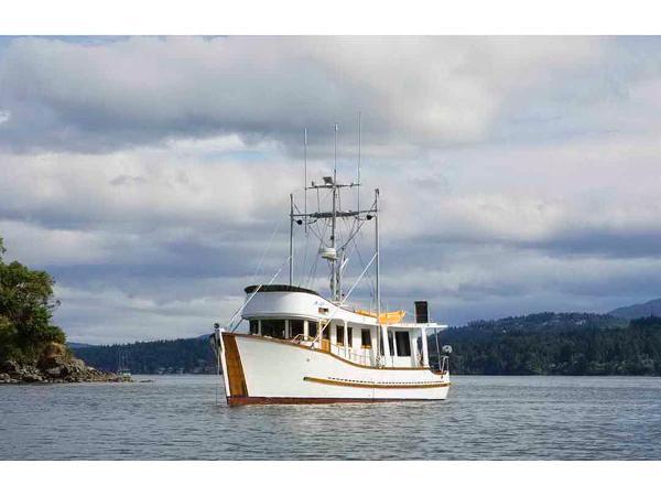 Trawler Cruiser, Motor Yacht