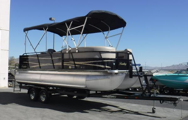Bentley Pontoons 223 Cruise SE