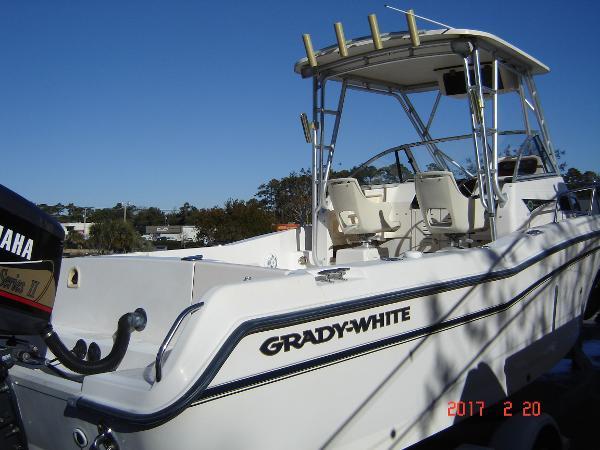 Grady-White Voyager