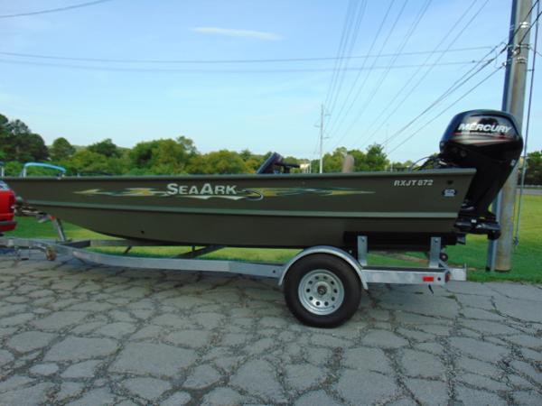 SeaArk RXJT 872