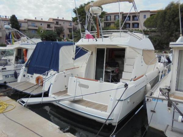 Jeanneau Prestige 32