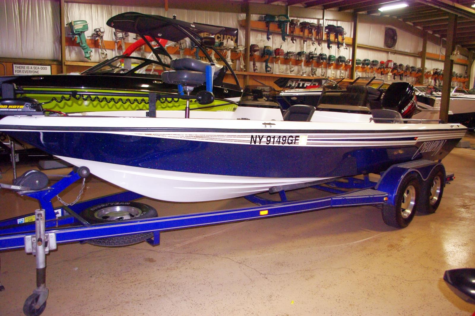 Champion Boats 20' Bass Boat
