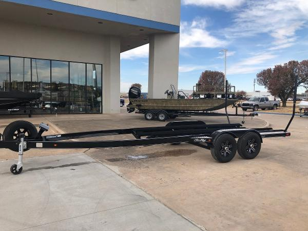 Trailer 27 Foot Tandem Axle