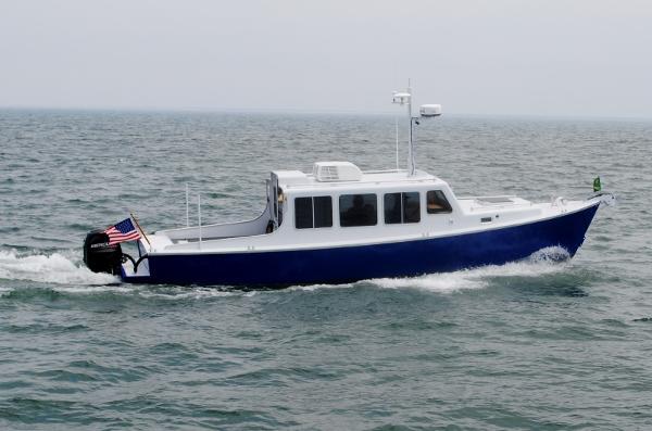Eco-Trawler Aluminum 33 Eco-Trawler 2013 cruising at 11 knots