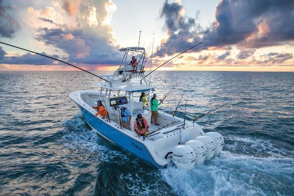 Mako 414 CC Sportfish Edition Manufacturer Provided Image