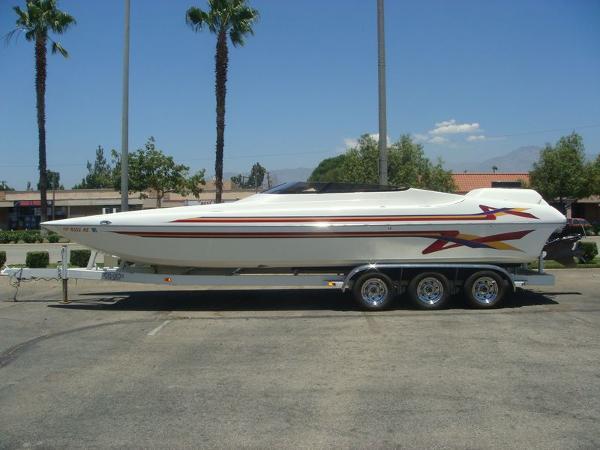 Hallett Boats 270 Cat