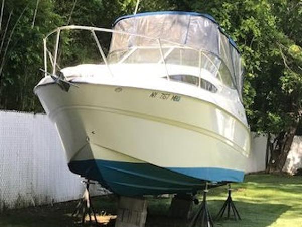 Bayliner 245 Bow