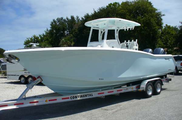 TIDEWATER BOATS 280CC Adventure