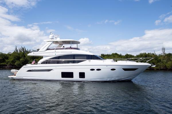 Princess Flybridge 68 Motor Yacht