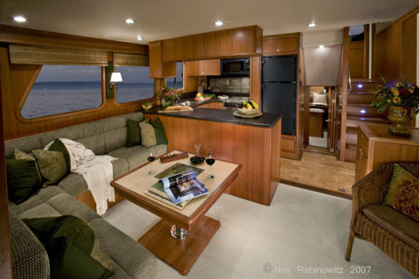 Northwest Trawlers 45 Salon & Galley