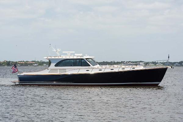 Hinckley Talaria 55 MY Starboard Profile