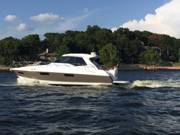 Cruisers 48 Cantius Profile 1