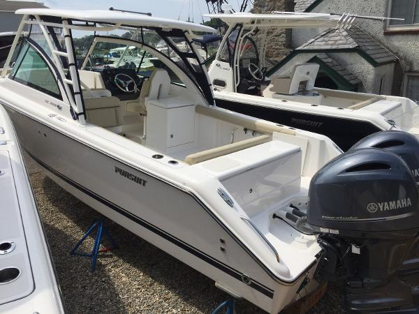 Pursuit DC 265 Dual Console