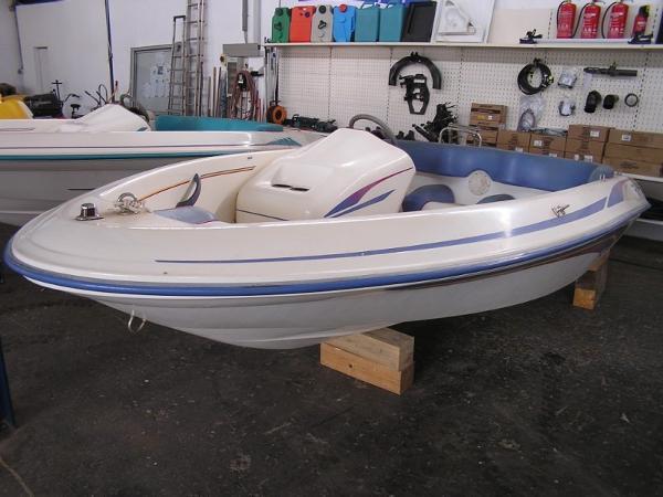 Sea Ray Rider F14