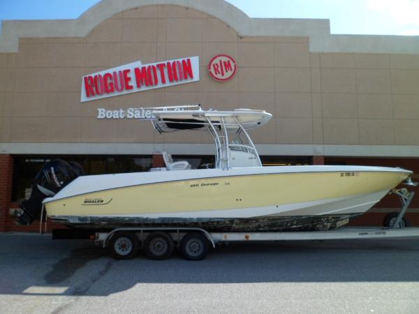 Boston Whaler 320 Outrage STARBOARD ON TRAILER