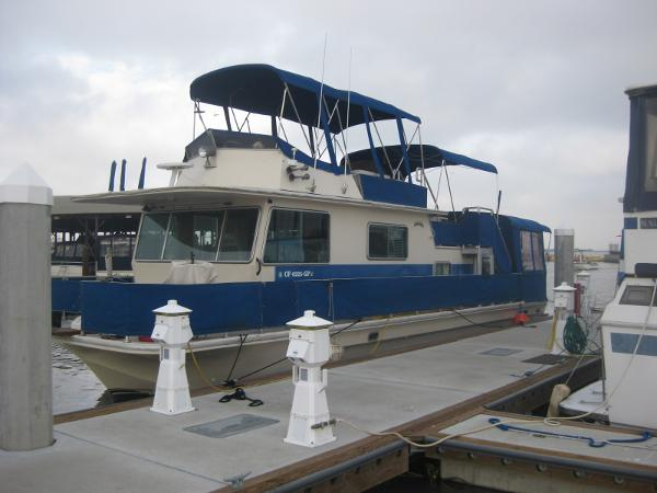 Delta Clipper Houseboat