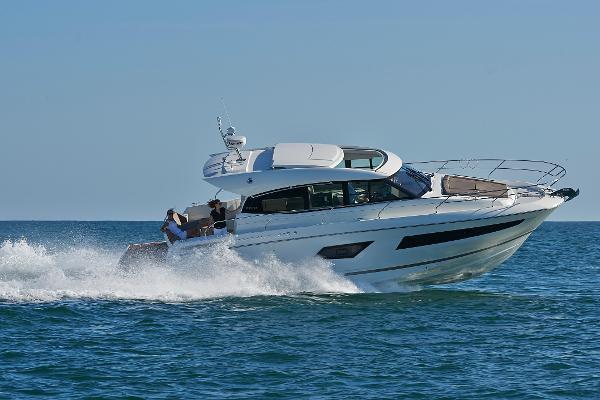 Prestige Yachts 420S