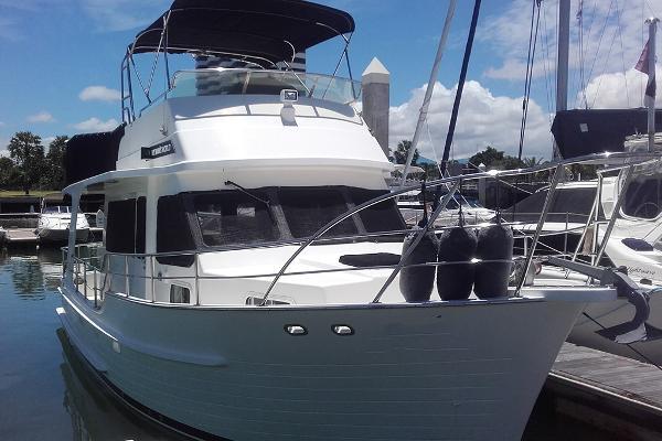 Integrity Flybridge 360 Motor Yacht