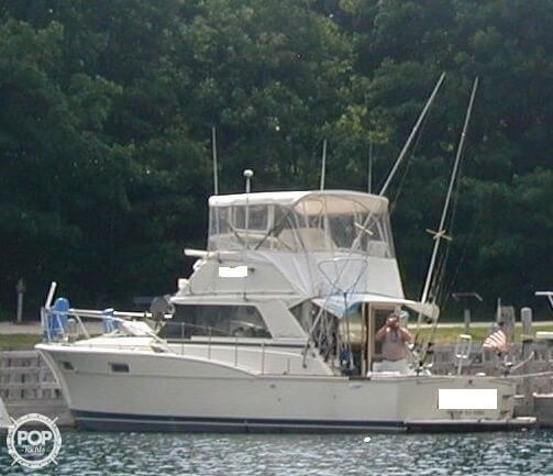 Chris-Craft 36 Sports Cruiser 1974 Chris-Craft 36 Sports Cruiser for sale in New Buffalo, MI