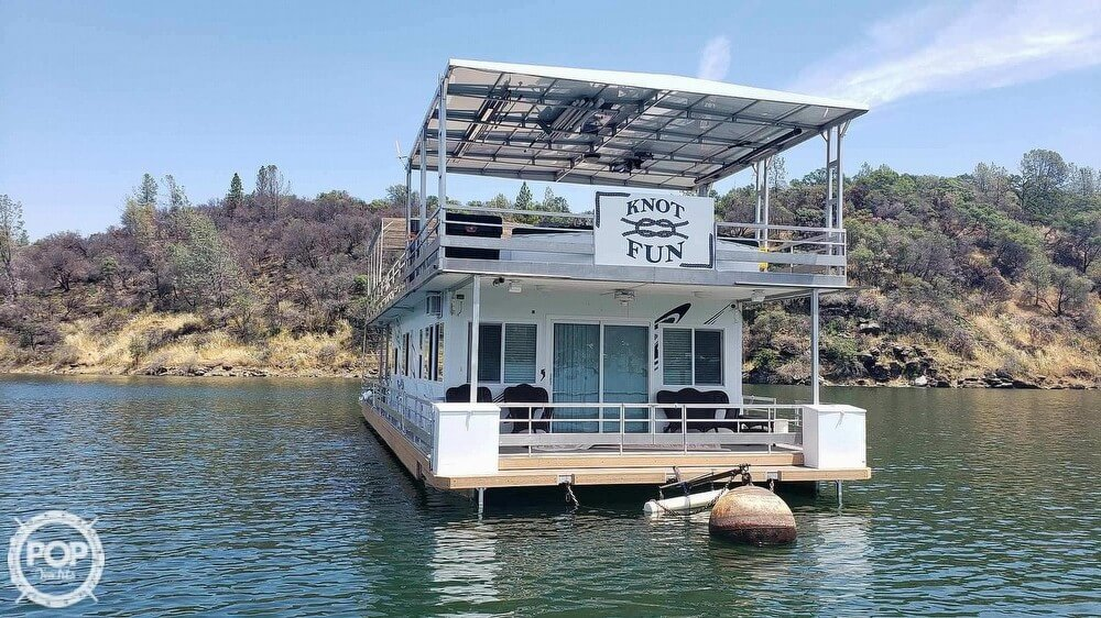 Emerald Bay 20 x 70 2005 Emerald Bay 20 x 70 for sale in Paradise, CA