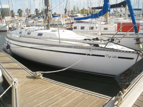 ARTECNA DELPH 32 bateau_artecna-delph-32_4341587.jpg