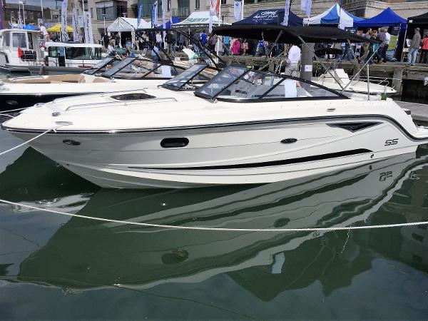 Sea Ray 250 Sun Sport (Europe) Sea Ray 250 SSE