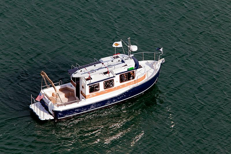 Ranger Tugs R-27 Luxury Edition  R-27-Aerial-Idle.jpg