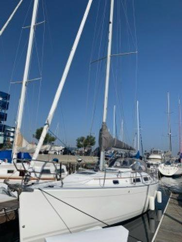 Hanse 342 Actual Boat Listed  - Dockside